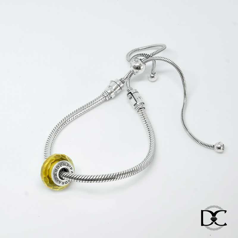 Vòng Dazzy Charm phong thủy dây mềm đá vàng