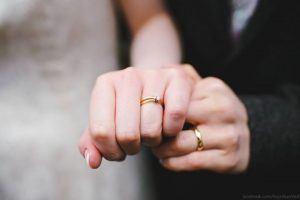 Nhẫn đôi là biểu tượng của tình yêu