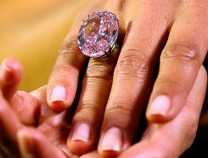 Viên kim cương Pink Star