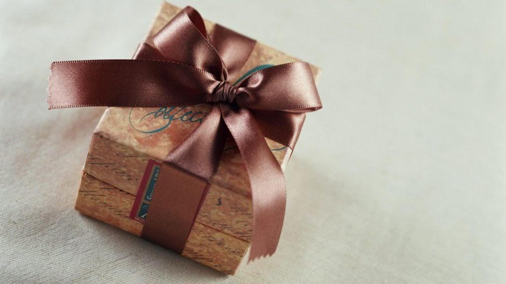 Quà sinh nhật đẹp mắt và ý nghĩa sẽ mang lại niềm vui cho người được tặng